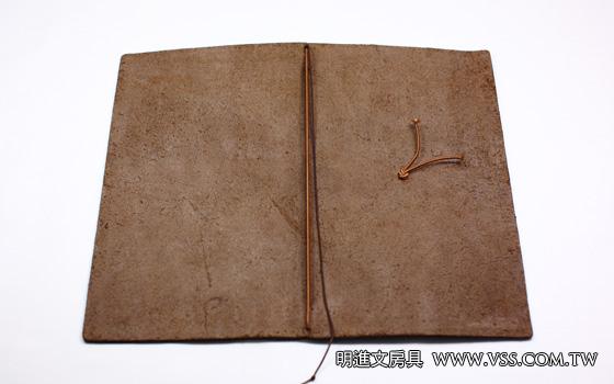如何增加 Midori Traveler's Notebook 第二、第三本內頁 – 明進文房具
